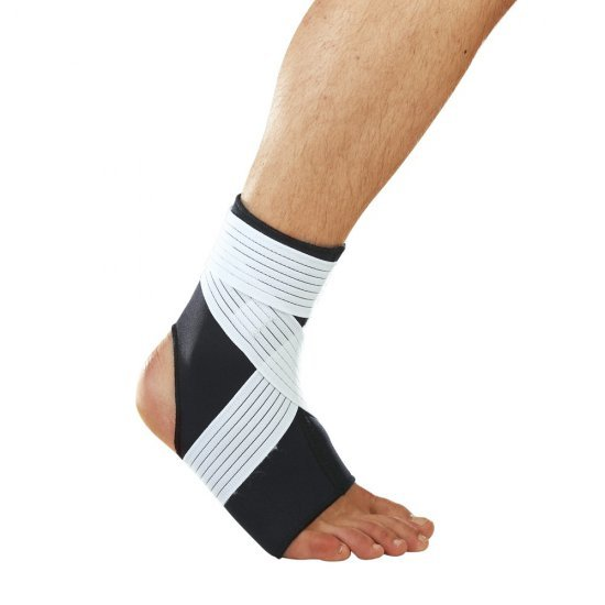 LP Support Ankle Support (With Stays) (728) สายรัดข้อเท้า